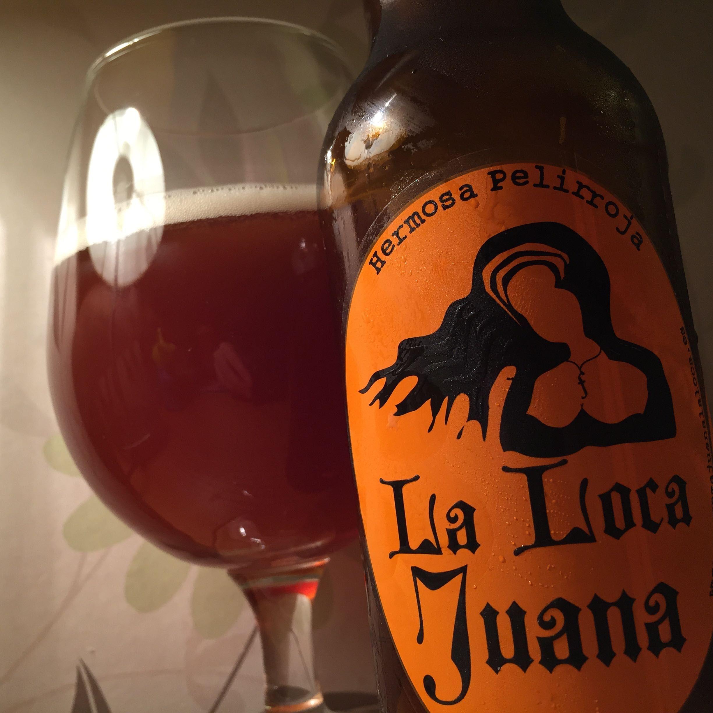 Cervezas La Loca Juana Hermosa Pelirroja 5 5 Camrgb Beer Photography Alcoholic Drinks Drinks
