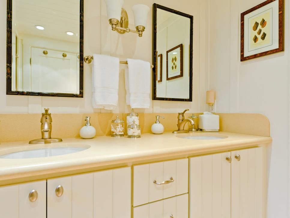 Reagan Baker Designed This Guest Bathroom With A Coastal Theme. A Neutral  Color Scheme Connects
