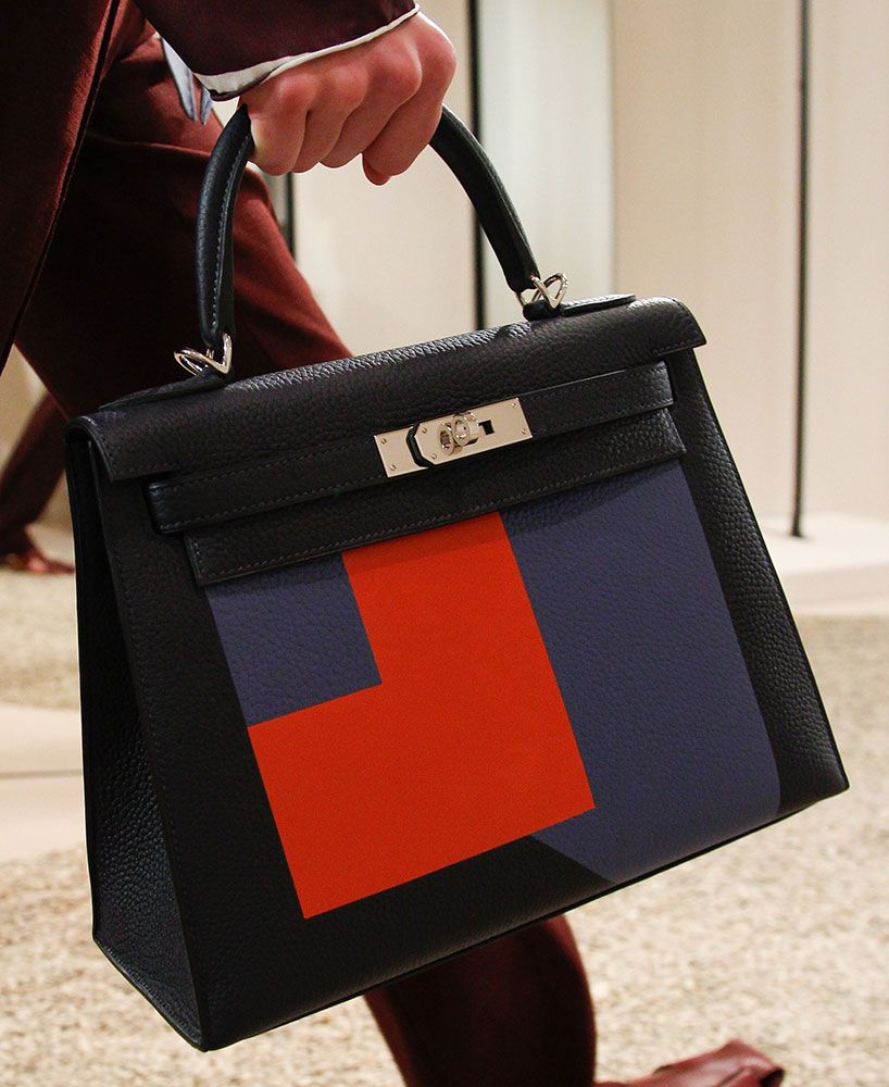 f2d5c5533f11 Hermès doesn t reinvent itself  Hermès is Hermès. And why would it need to  be anything else  The French ultra-luxury powerhouse sells as many bags as  it can ...