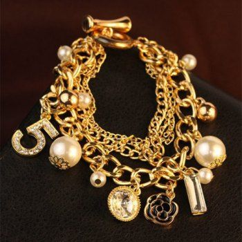 Perlas elegantes flor colgante con varios elementos de la pulsera para las mujeres