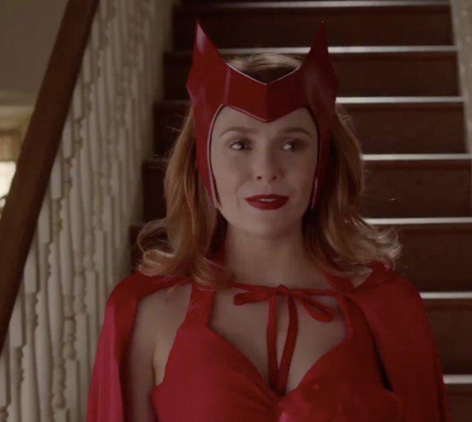 Moviesmatrix On Twitter In 2020 Elizabeth Olsen Scarlet Witch Marvel Girls Scarlet Witch Marvel