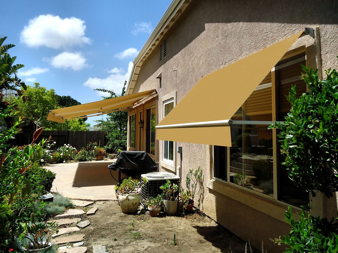 Retractable Awnings By Superior Awning Let The Sun Shine Awning Custom Awnings Retractable Awning