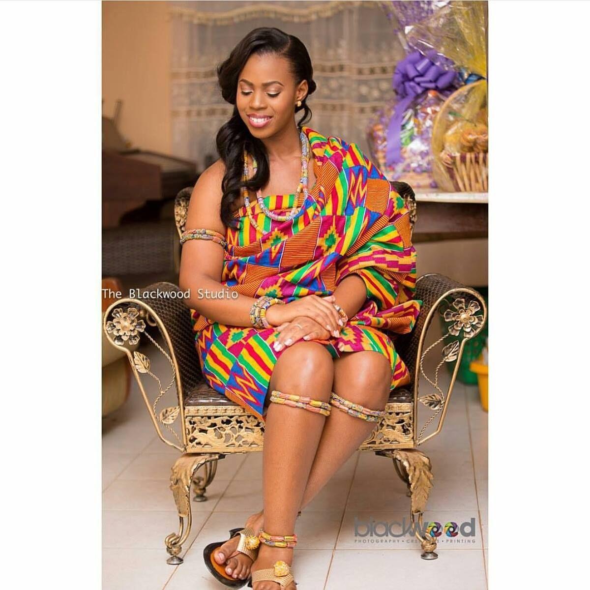 I do ghana photo kente bride captured by blackwood studio