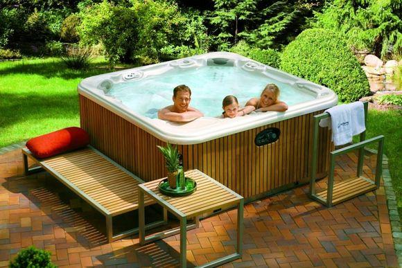 Umgestaltung im Garten u2013 unternehmen Sie gewagte Veränderungen - outdoor whirlpool garten spass bilder