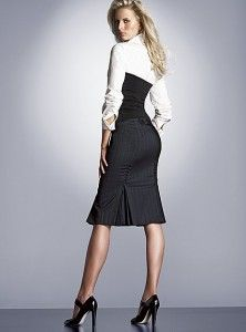 Love the cut of this fish-tail pencil skirt. Looks great with the ...