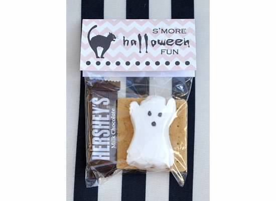 Dixie Delights: S'more Halloween Fun