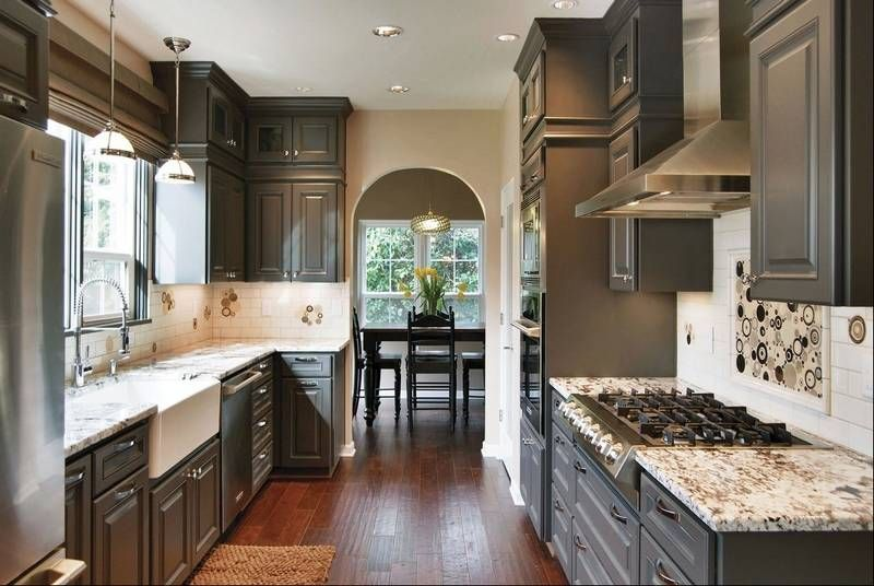 This Season's Hot Color Is Stylish And Safe For Years To Come Simple Kitchens With Grey Cabinets Review