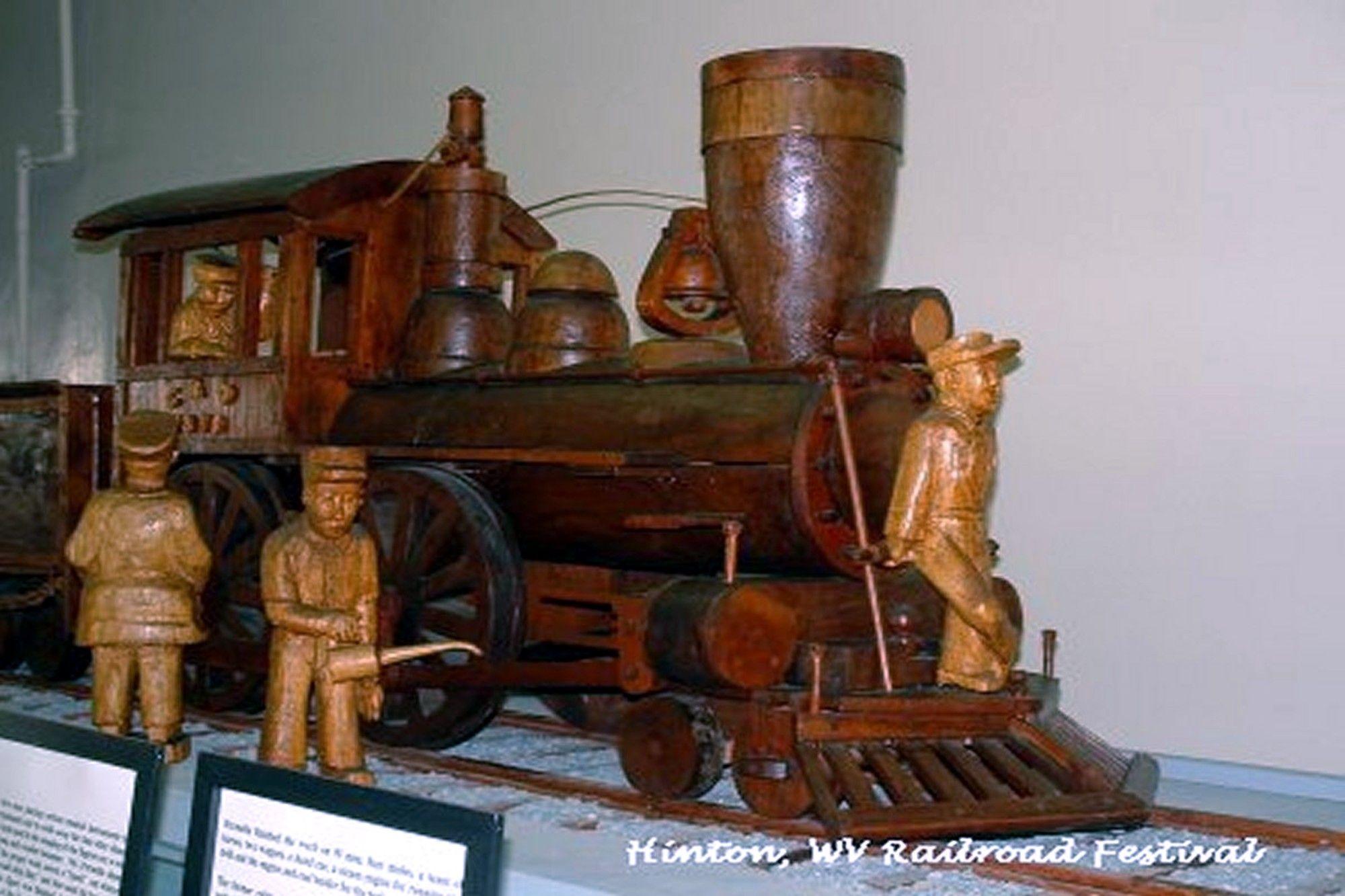 Hinton, WV Railroad Museum West virginia, Wood carving