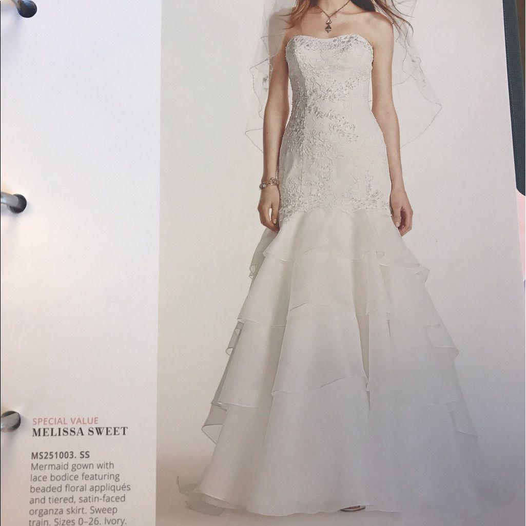 Wedding dress wedding dress and products