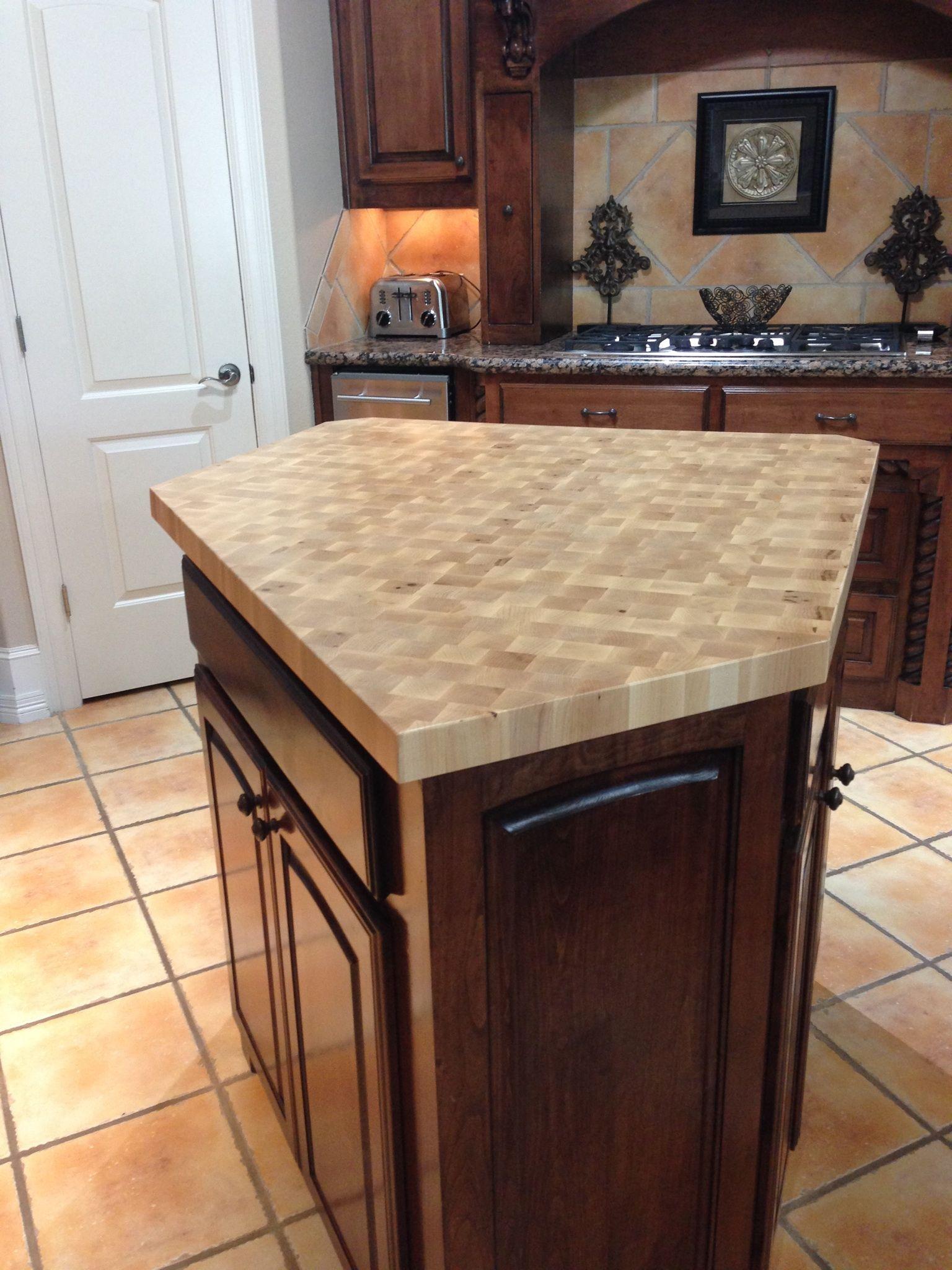 maple center island maple countertop maple end grain. Black Bedroom Furniture Sets. Home Design Ideas
