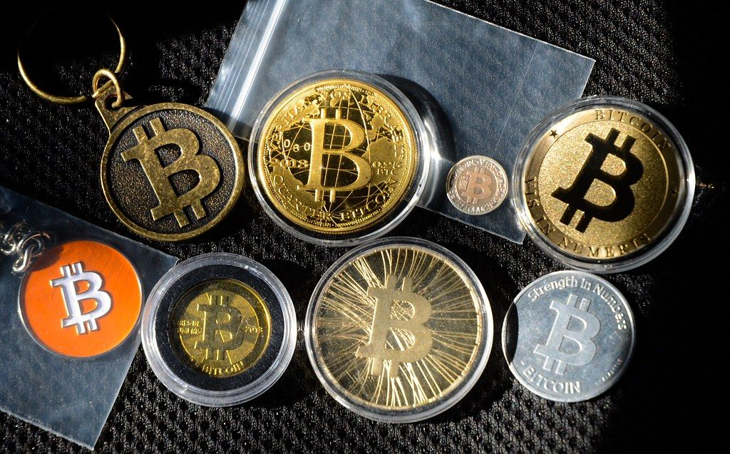 Bitcoin Buying gold, Bitcoin, Best investments
