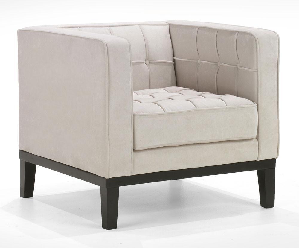 Roxbury Arm Chair In A Tufted Cream Fabric By Armen Living