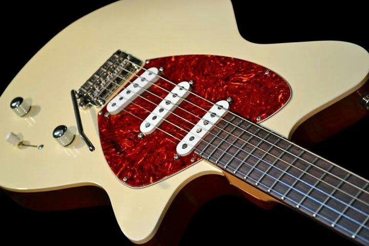 Koll Guitars