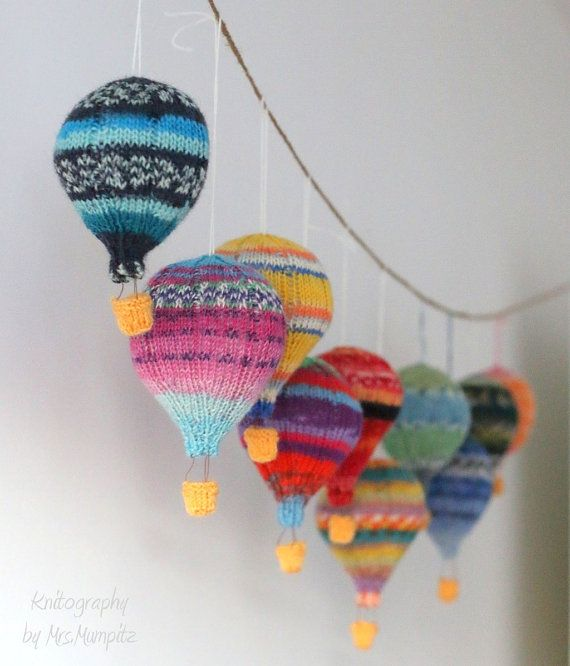 Photo of Hot air balloons knitting pattern PDF, mobile hangers, diy gift and decoration, gift for kids and adults, baby shower