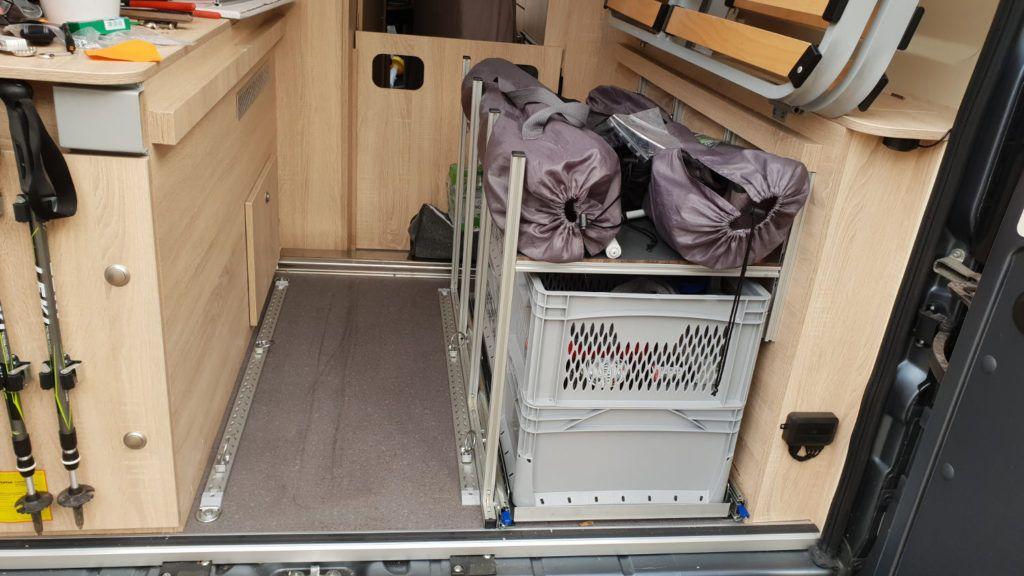 Vollauszug Im Wohnmobil Heck Selber Bauen Womoliebe De In 2020 Selber Bauen Wohnmobil Campingtisch