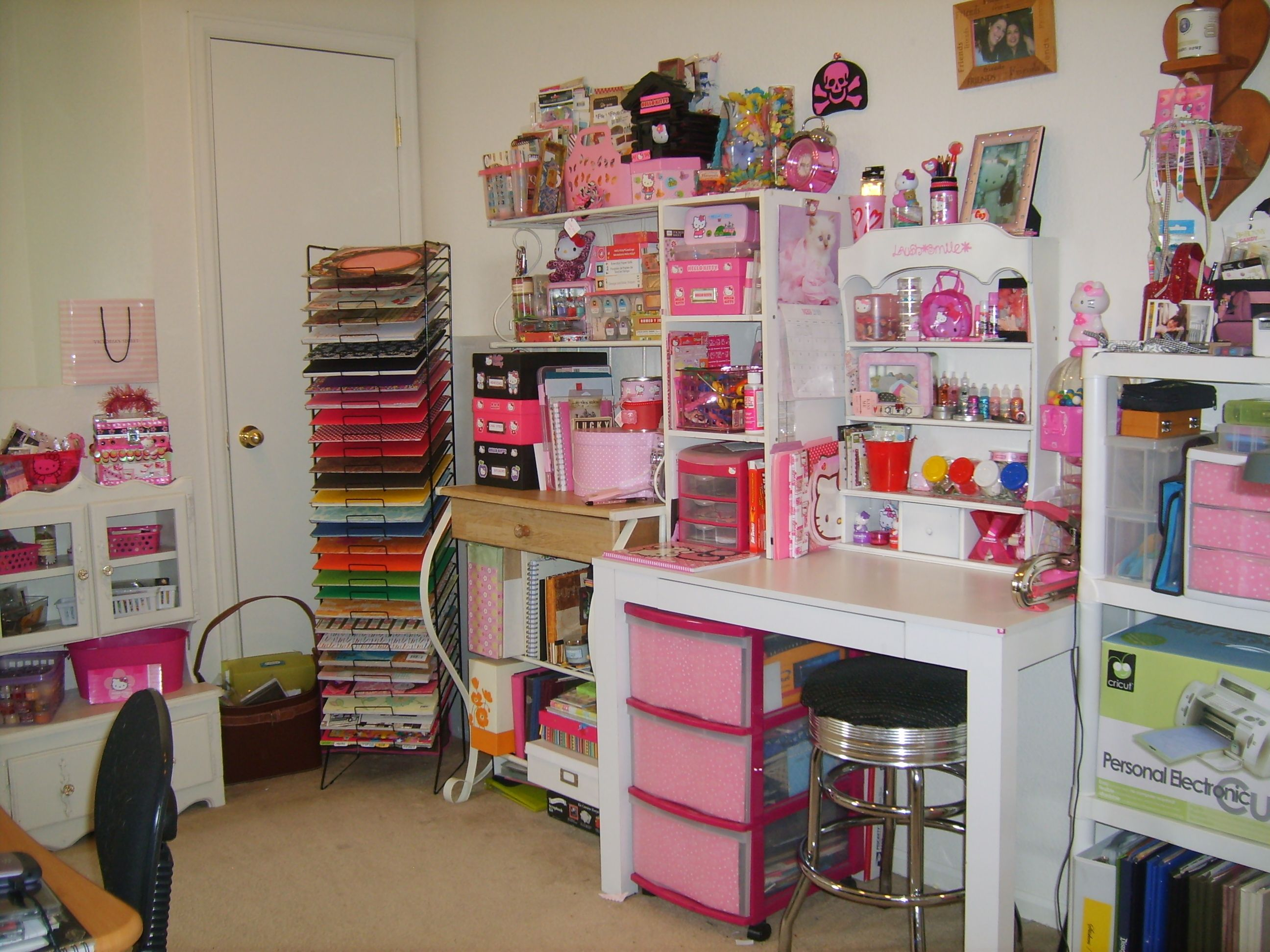 Scrapbook room ideas - Explore Scrapbook Rooms My Scrapbook And More