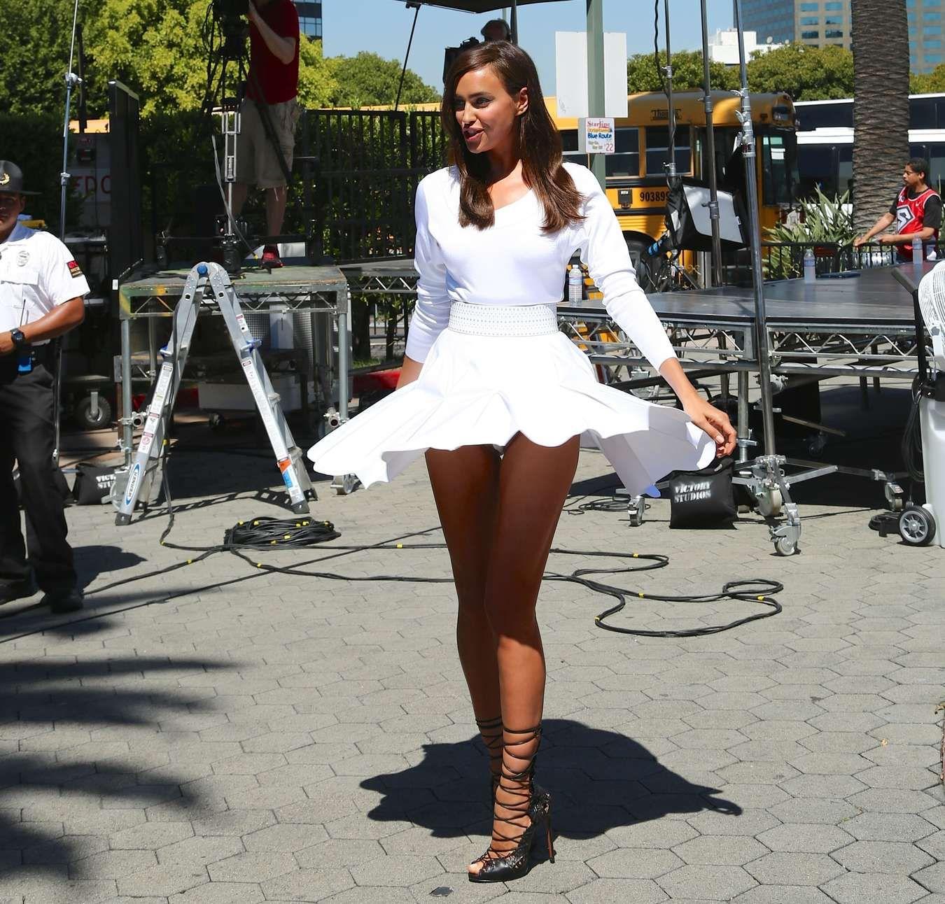 Leg mini pantie skirt upskirt girld