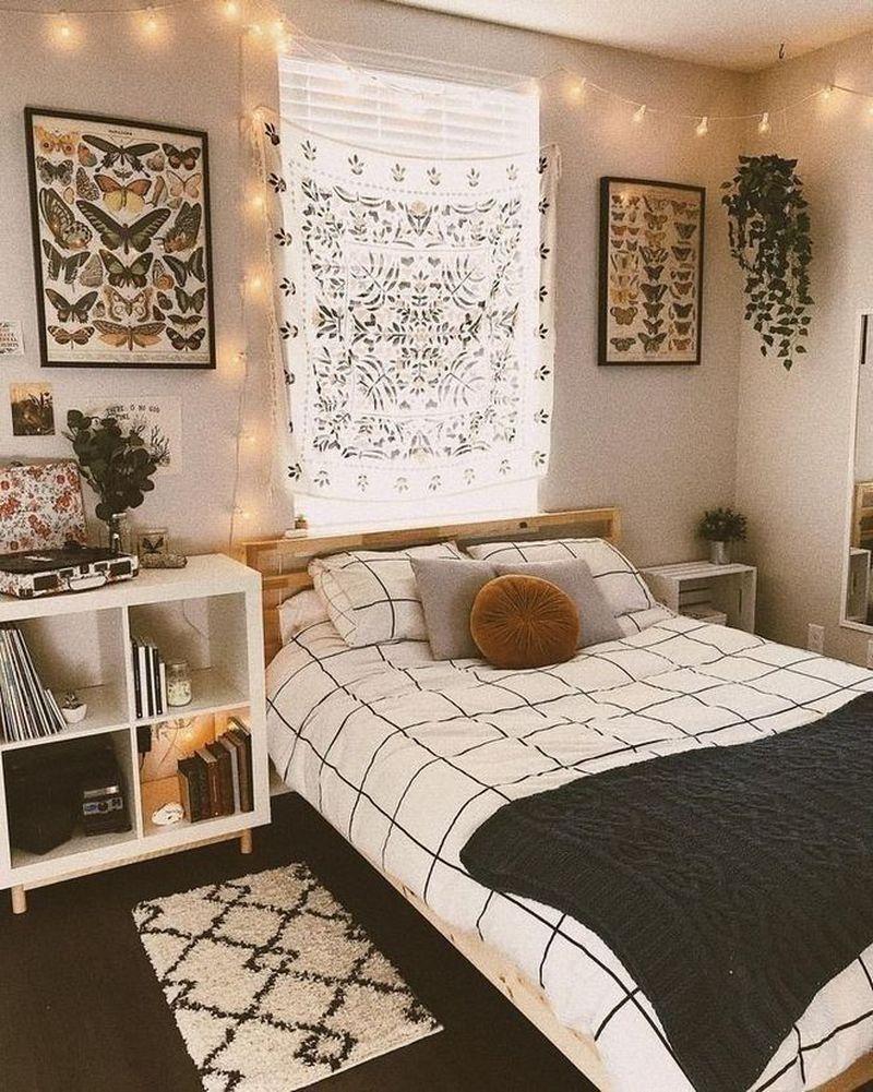 48 Amazing Bohemian Bedroom Decor Ideas That Are Comfortable In 2020 Cozy Small Bedrooms Small Bedroom Decor Cozy Dorm Room
