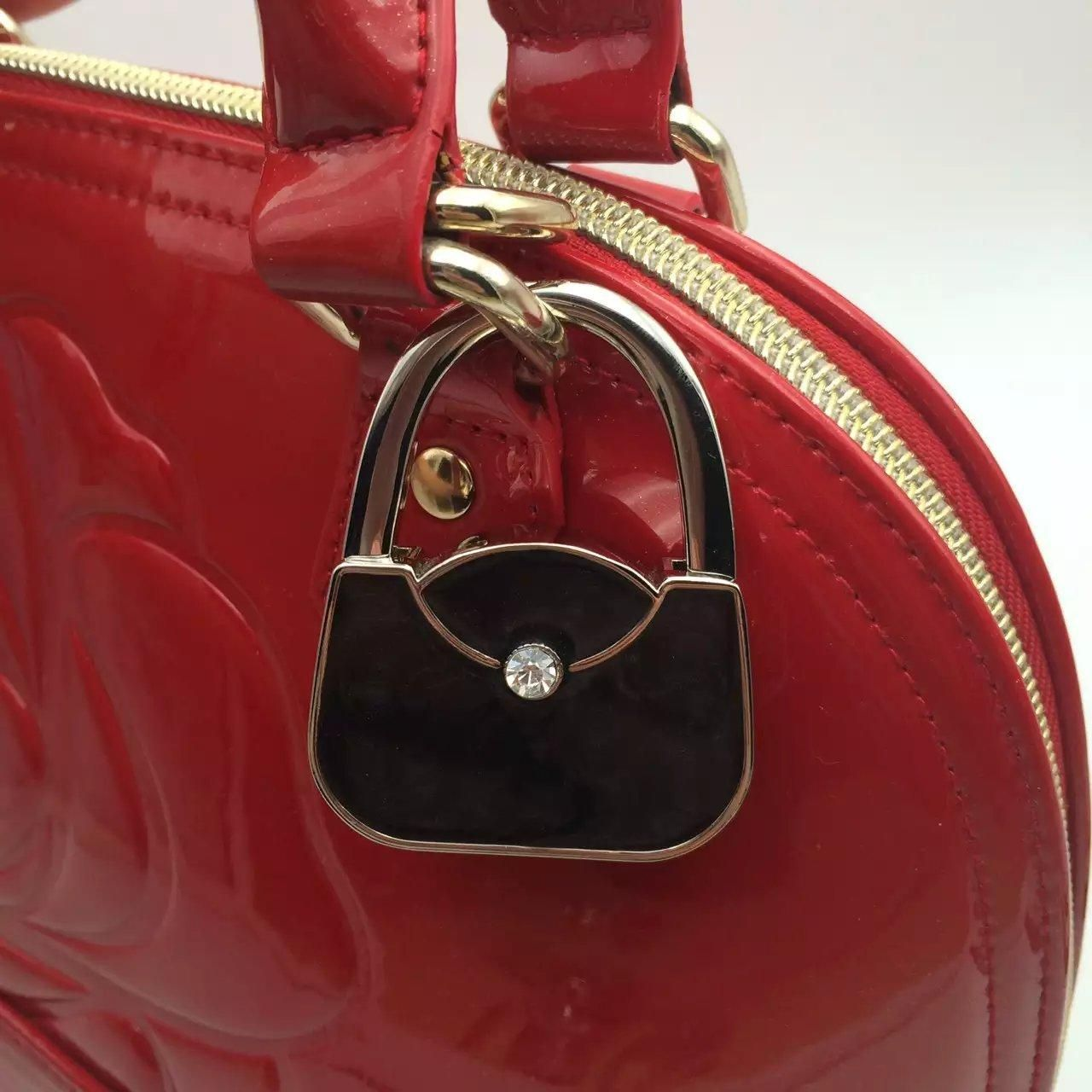Women's gift/ fashion accessory gift/ Folding Foldable Lady Girl Handbag  Table Desk Hanger Hook Purse Table Hanger Holde… | Handbag, Girls handbags,  Bag accessories