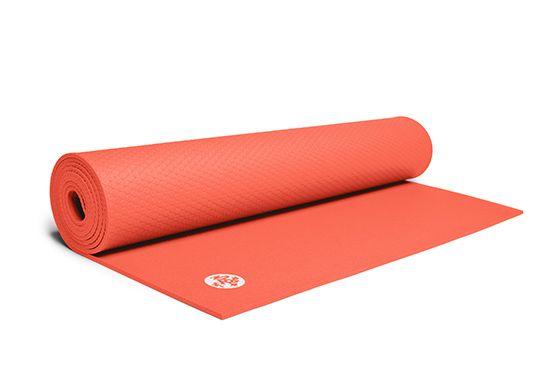 Manduka ProLite ® Mat 180cm Manduka ProLite yogamatten er et friskt alternativ for folk som liker yogamatter med overlegen kvalitet og komfort. ProLite er en lettere, null-avfall, sklisikker yogamatte for bruk i studio og på reise.
