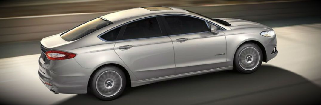 2015 Ford Fusion Named Best Hybrid Car For Families Hybrid Car Fuel Efficient Cars Ford Fusion