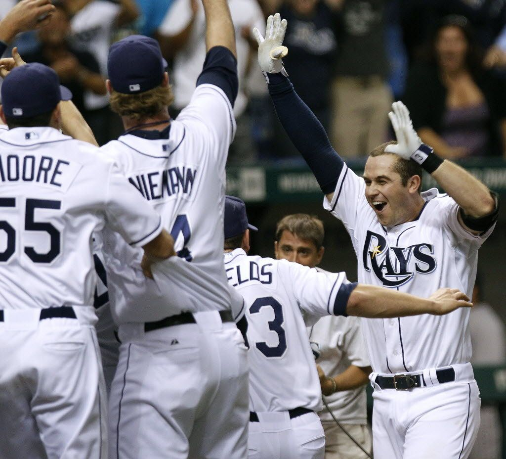 Evan Longoria S Dramatic 12th Inning Home Run Puts Tampa Bay Rays In Postseason Tampa Bay Rays Tampa Bay Sports