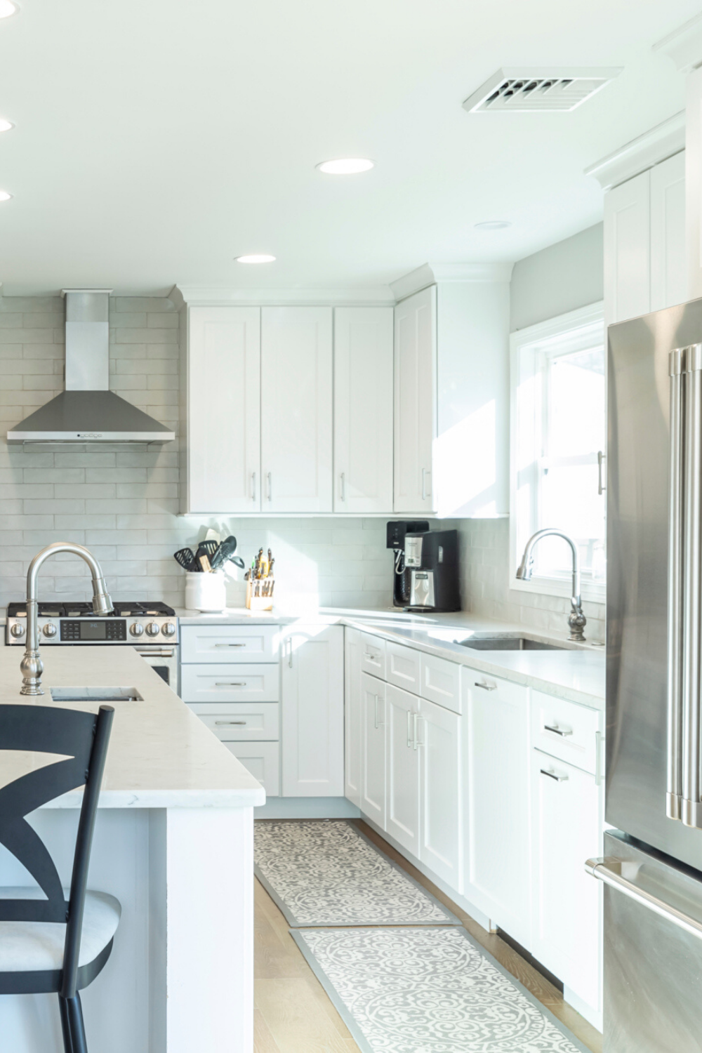 Bright White And Stainless Steel Kitchen In 2020 Farmhouse