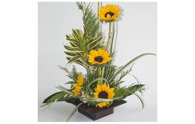 Arreglo floral girasol arreglos florales ex ticos for Plantas decorativas artificiales bogota
