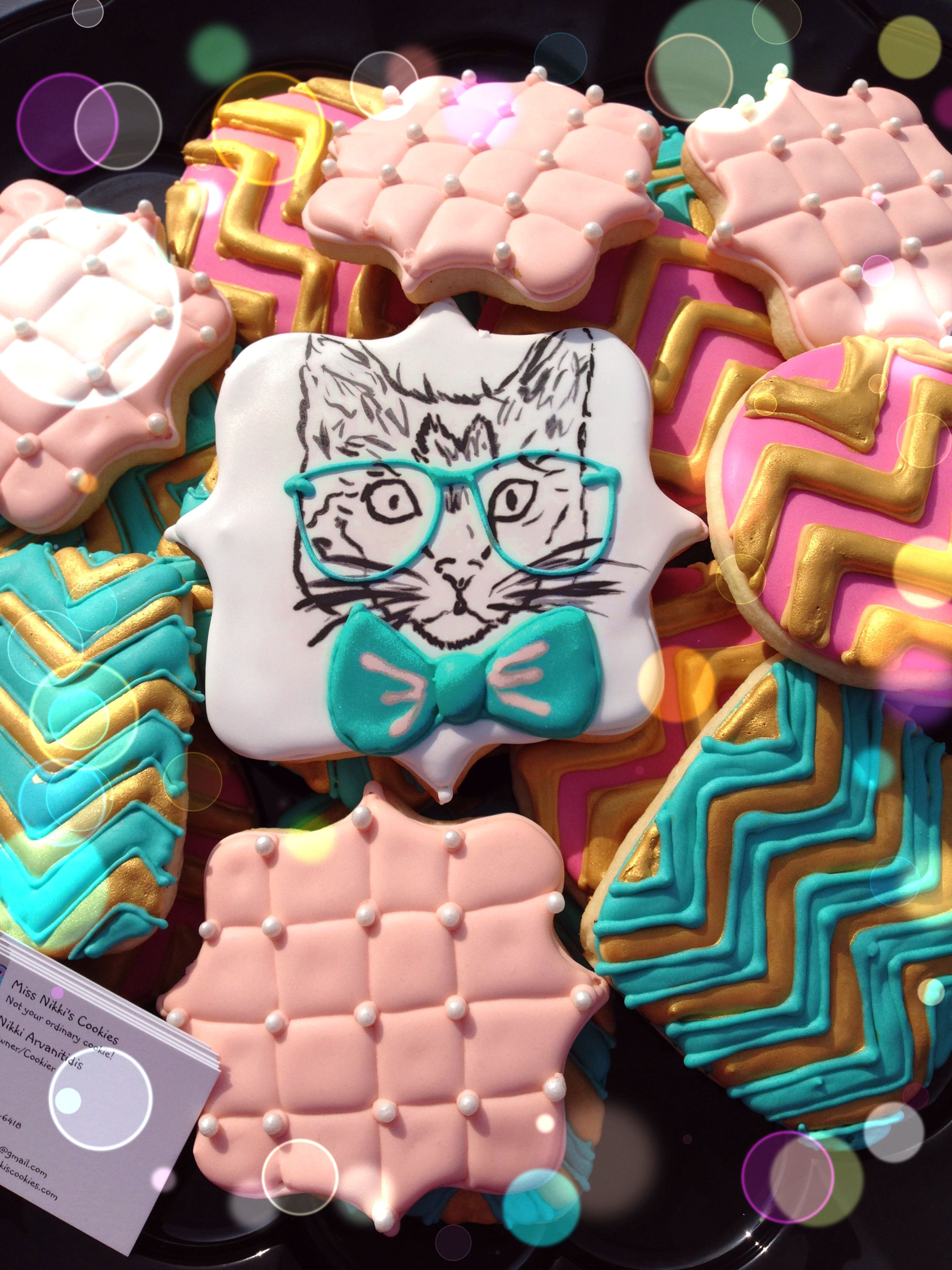 Hipster cat cookies