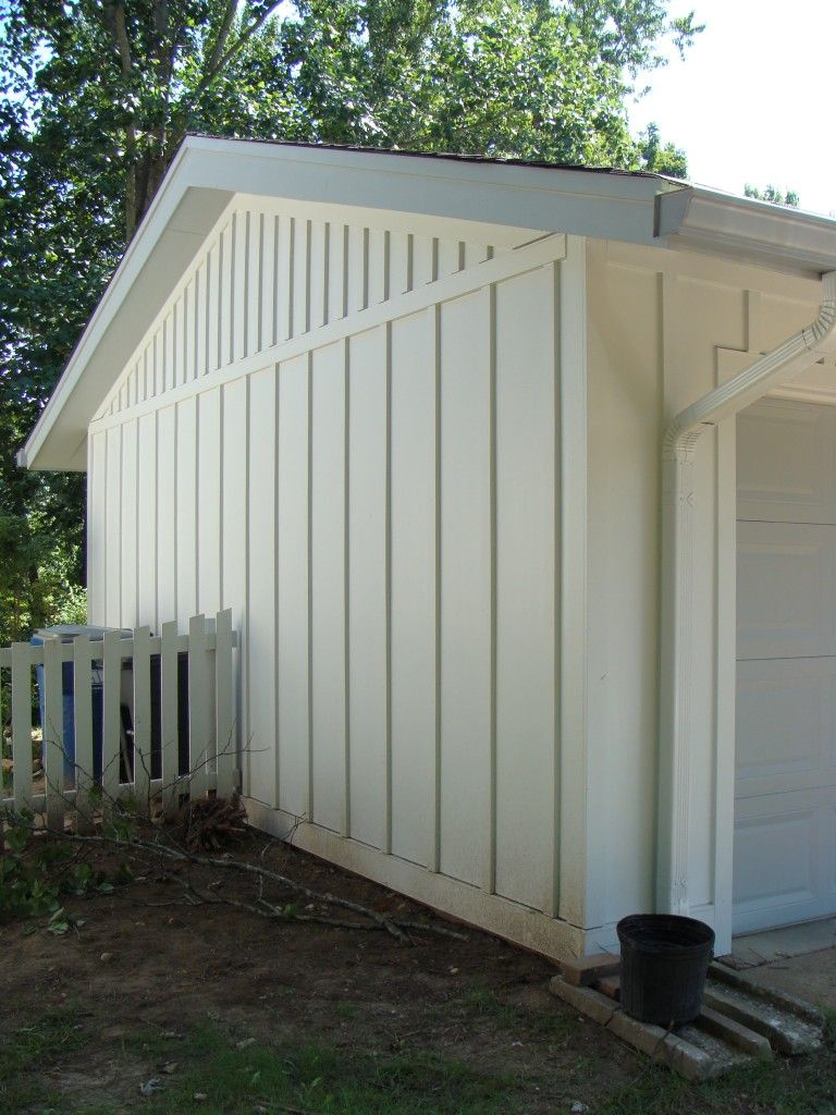 James Hardie Board And Batten Siding Colorplus Arctic White Manchester 636 734 9299 Exterior House Siding Farmhouse Exterior House Exterior