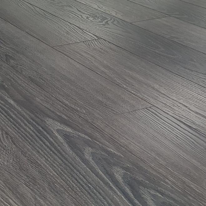 Kaindl Natural Touch Narrow 10mm Burnt Oak Laminate Flooring Gray Wood Laminate Flooring Wood Laminate Grey Laminate