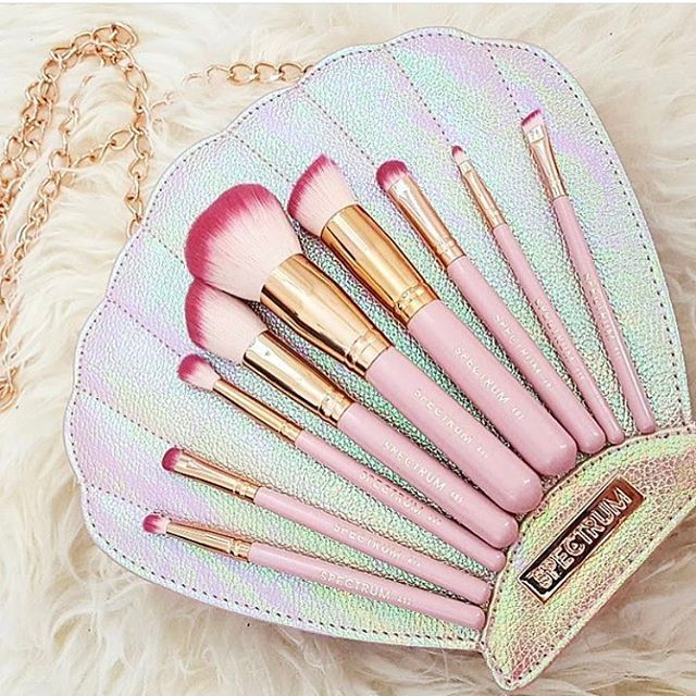 These Rainbow Makeup Brushes Are the Prettiest Thing You
