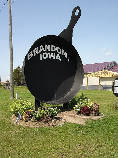 """""""World's Largest Frying Pan."""""""