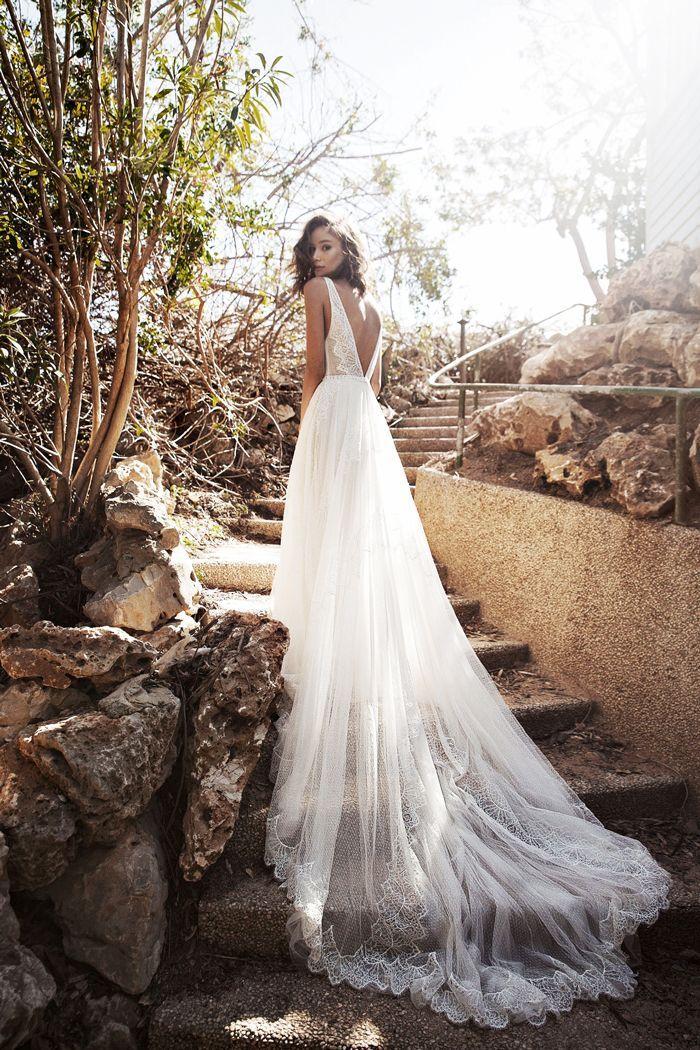 Okay These No Veil Wedding Looks Are Breathtaking Wedding Dresses Wedding Dresses 2018 Wedding Looks