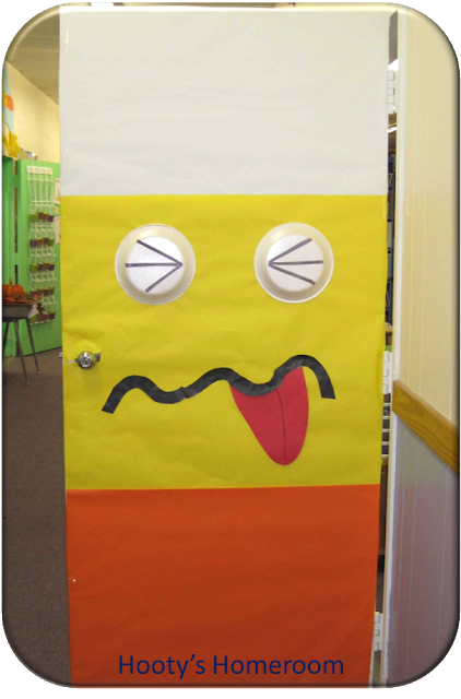 15 DIY Halloween Door Decorations for Home or Classrooms! #halloweendoordecorations