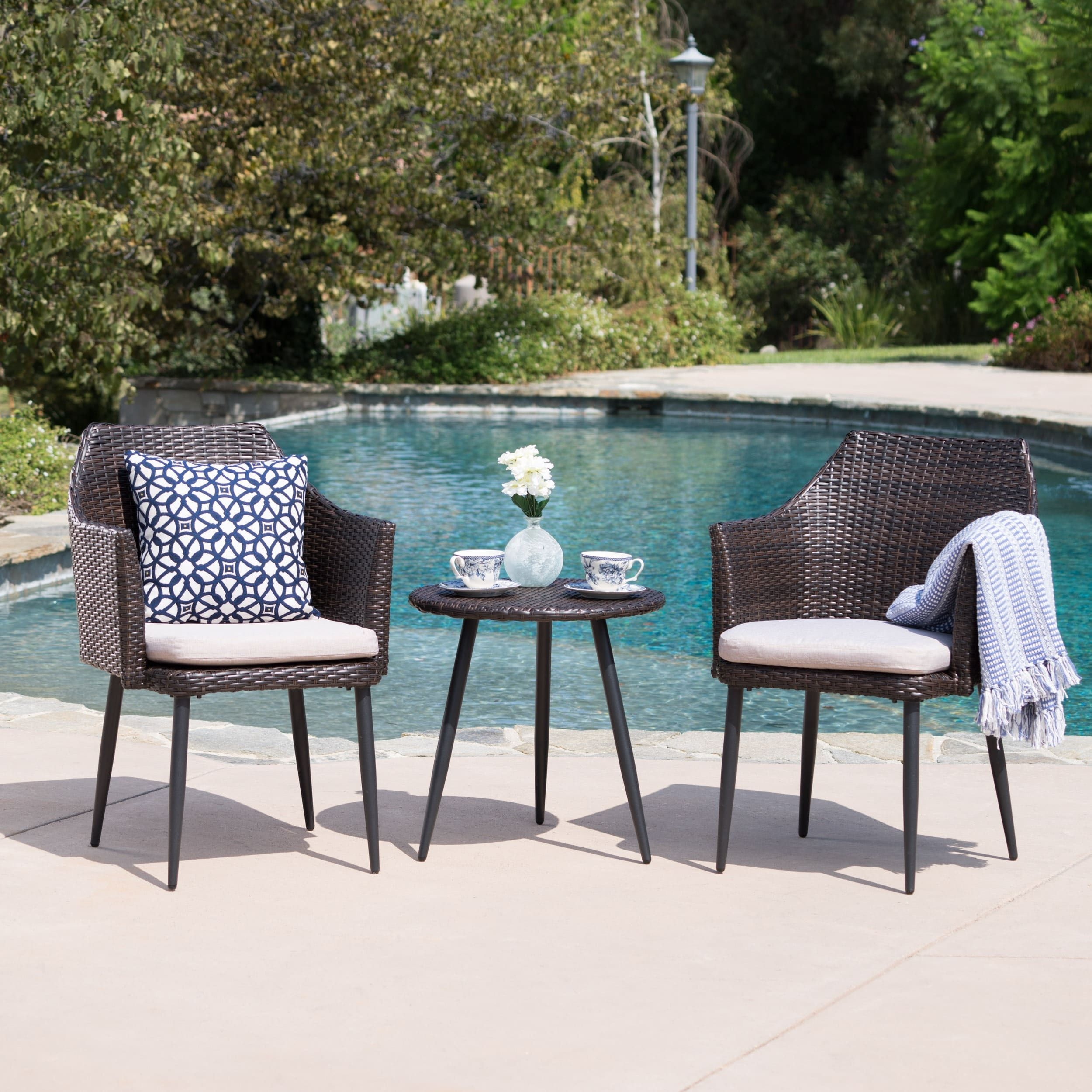 Iona Outdoor 3-piece Wicker Chat Set With Cushions