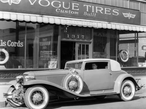 Photographic Print: Cord L29 Parked Outside a Showroom, USA, C1929 ...
