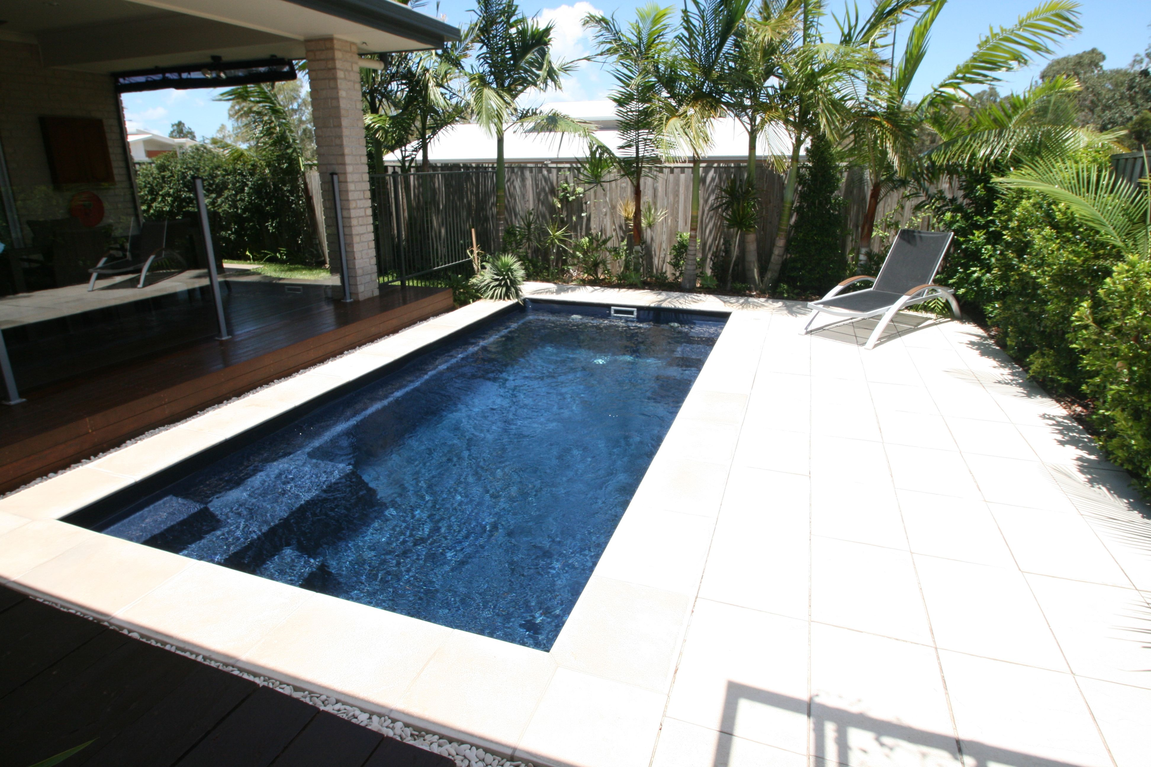 The Madeira pool is a modern, sleek inground fibreglass swimming pool.  Visit Narellan Pools to get a free quote from a qualified swimming pool  builder.