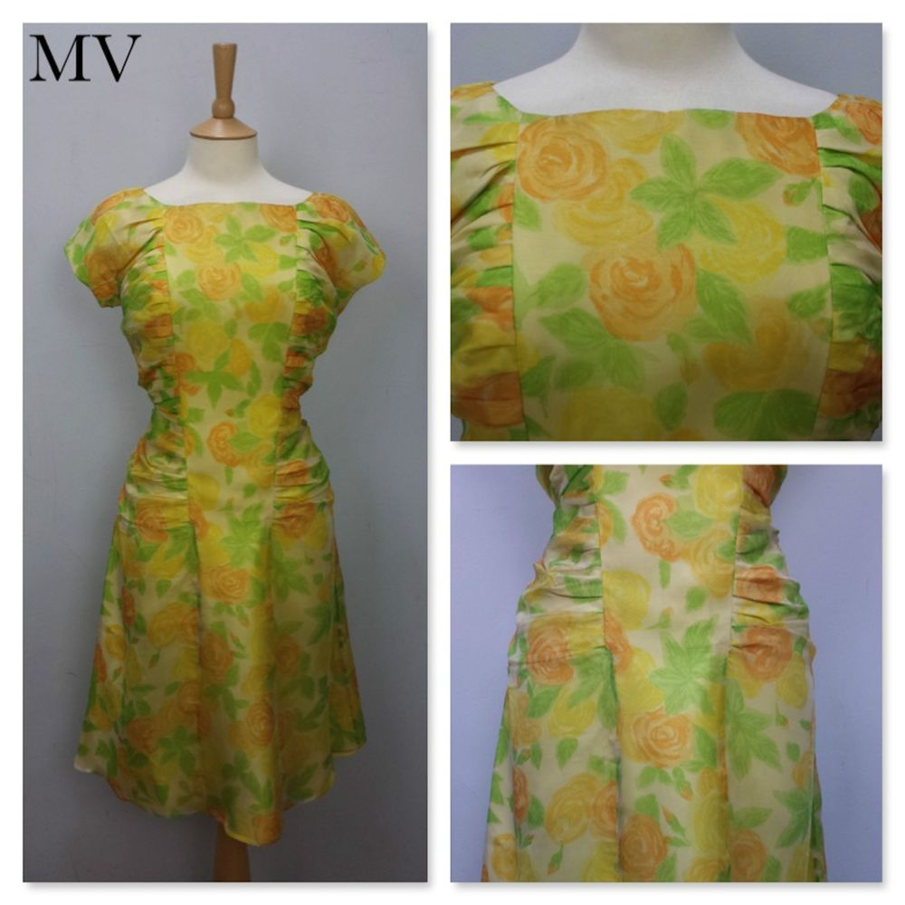 True Vintage 1950s 50s Tropical Floral Silk Wiggle Fit Tea Dress ...