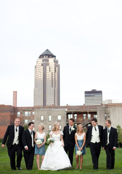Love our slate blue!  Photography by Amy Allen Photography / amyallenphoto.com