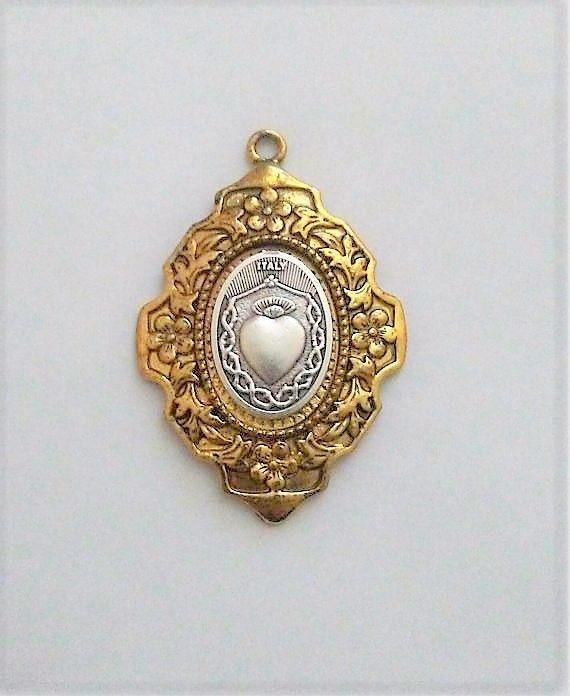 Sacred heart pendant ex voto antique gold silver infant of prague sacred heart pendant ex voto antique gold silver infant of prague catholic aloadofball Images