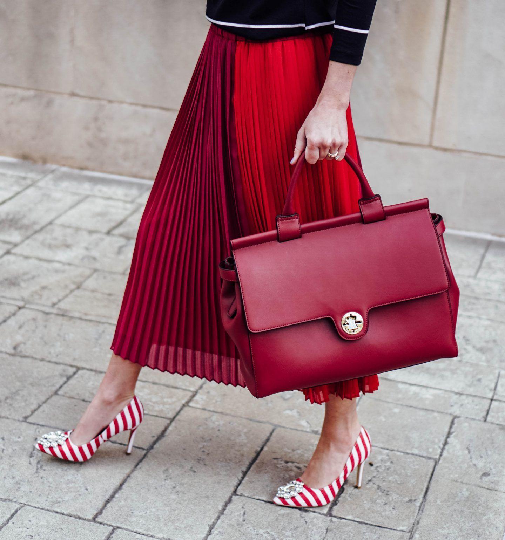 The Perfect Work Bag   JEMMA Giveaway The Perfect Work Bag  JEMMA Giveaway | 9 To 5 Style | Ladies Briefcase | Womens Stylish Red Handbag | Urban New York Carryall | Birkin Bag Lookalike | Blogger Style | Fashionable Purse