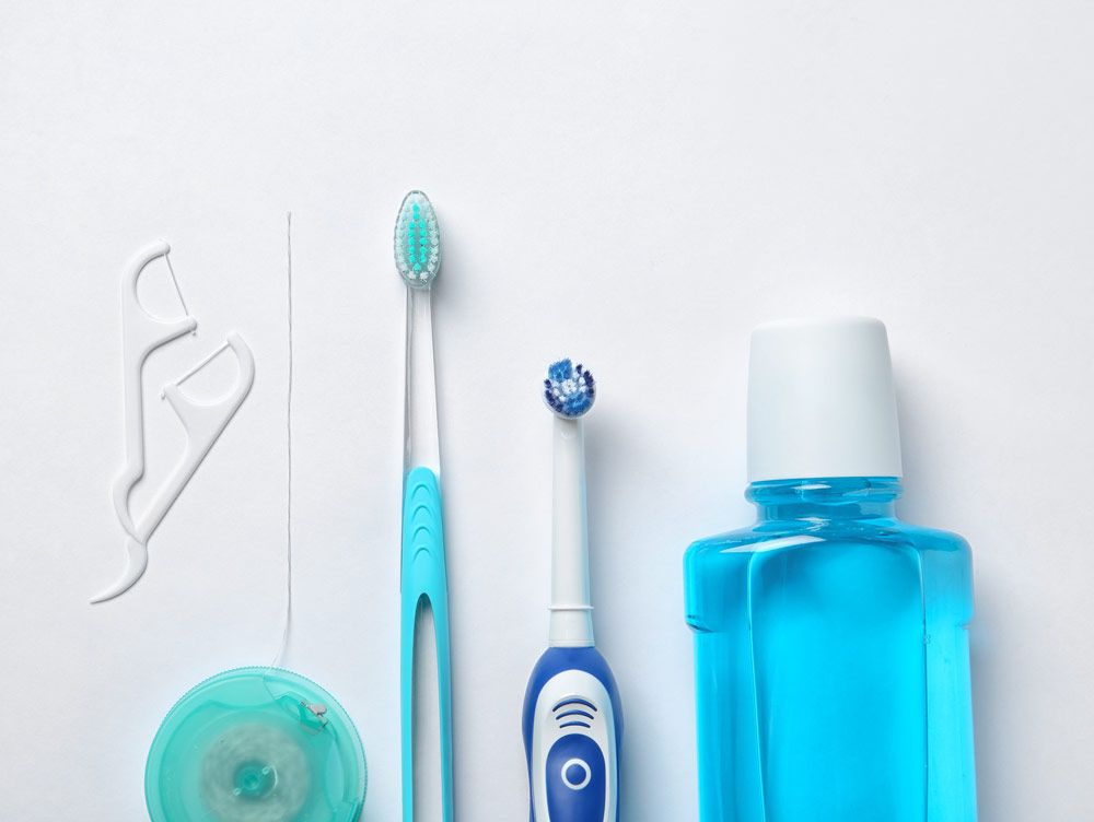 How to floss teeth when are you supposed to floss your