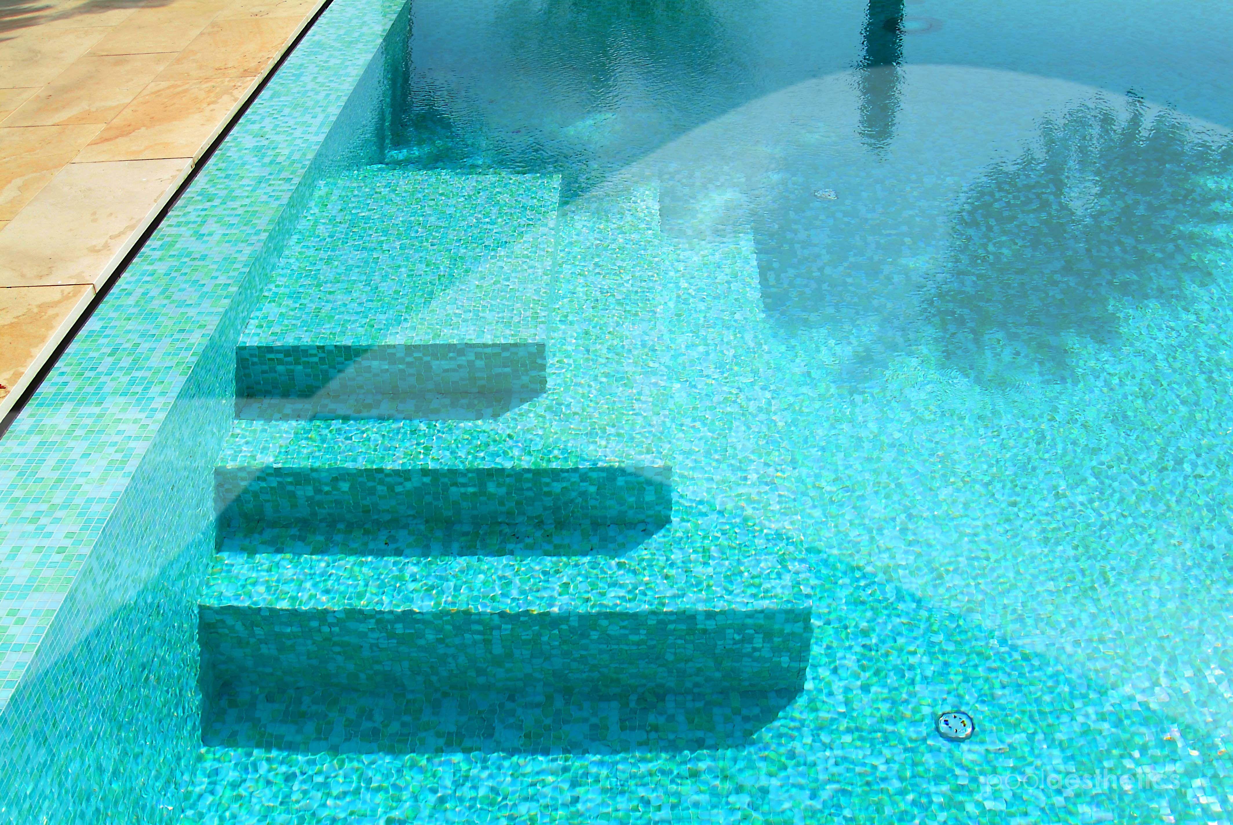 Pool aesthetics escaleras para piscinas costa blanca - Piscinas modernas ...