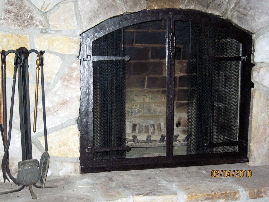 Arched Glass With Strap Hinges And Mesh Fireplacehearth