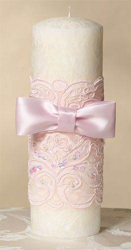 Lace and bow candle