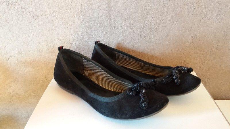 8aa159c72452a8 Tamaris Ballerinas schwarz mit Schleife - kleiderkreisel.de ...