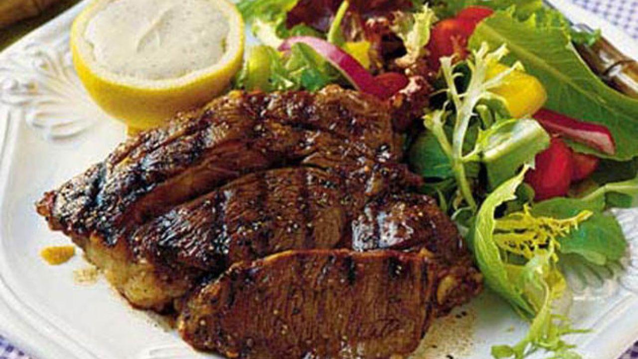 طريقة عمل ستيك اللحم بالفرن How To Grill Steak Steak Summertime Salads