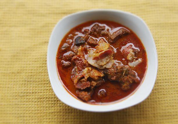 Mangalorean Beef And Bacon Gravy Recipe Recipe Bacon Gravy Beef Recipes
