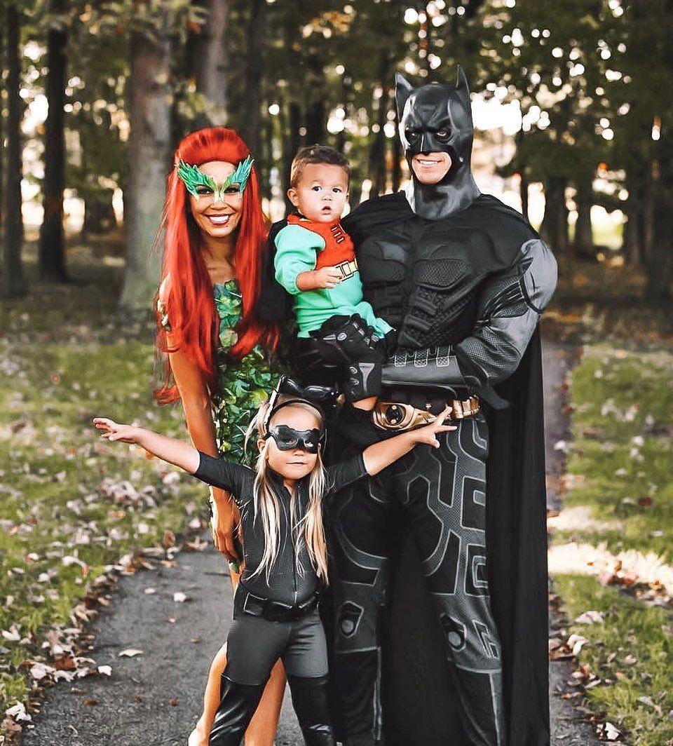 Dc Costume Parties Halloween 2020 Superhero Family Costumes in 2020 | Superhero family costumes